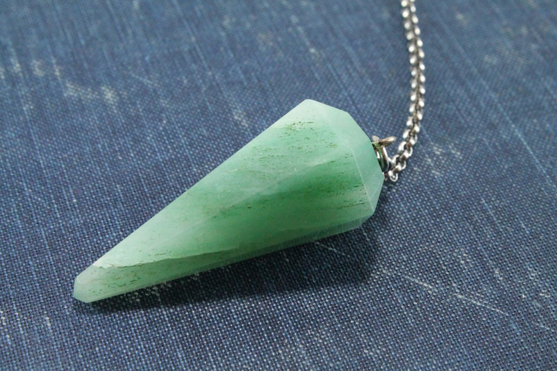 Green Aventurine Dowsing Pendulum in Sterling Silver — Peridot Daisy ...