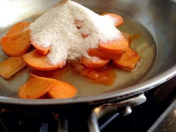 cinnamon nutmeg persimmon empanada filling
