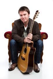 Australian Guitarist/Composer Owen Van Larkins