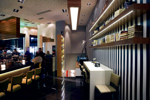 Riva bar.jpg