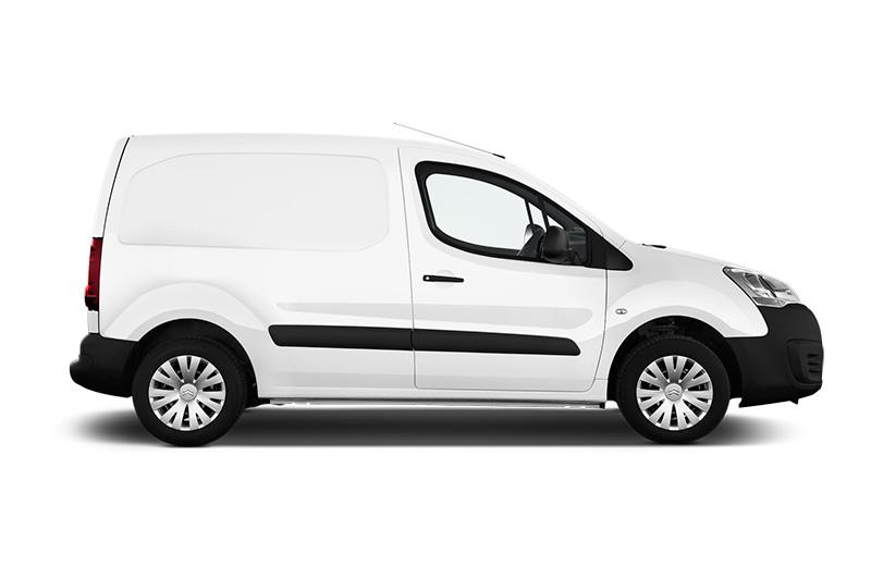 μεταφορα - Το κόστος ενός οχήματος (συνήθως επαγγελματικό van), η συντήρηση, η ασφάλιση και τα καύσιμα (ειδικά για εκδηλώσεις ανά την Ελλάδα), όλα παίζουν ρόλο στο κόστος μιας εκδήλωσης.