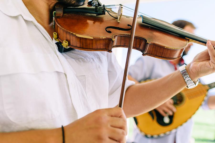Musicians-in-Mykonos.jpg