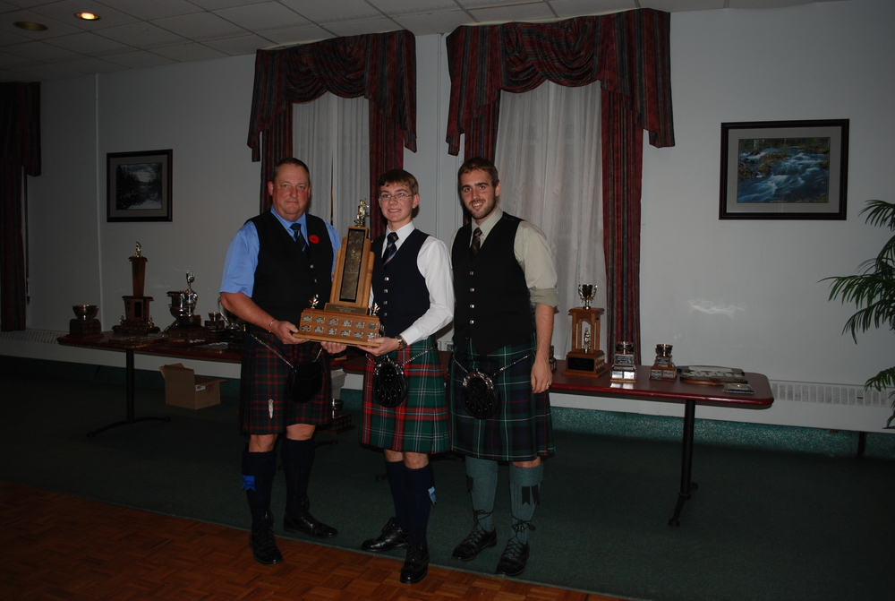ACPBA AGM 2012 Gr 5 Trevor Profitt College of Piping.JPG