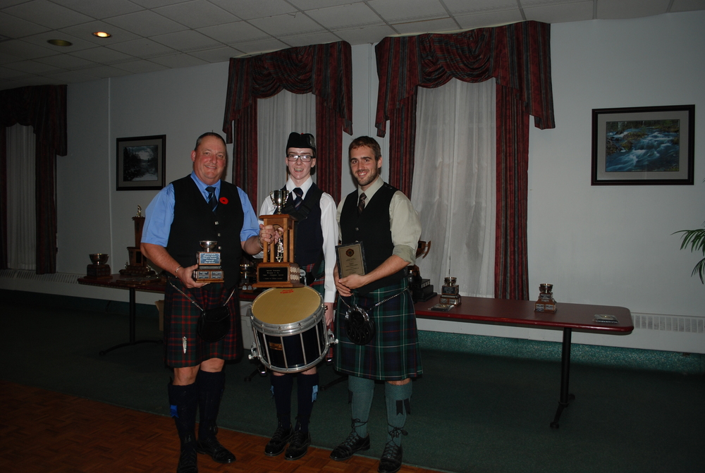 ACPBA AGM 2012 Gr3  Frank Bowness Col of Piping.JPG