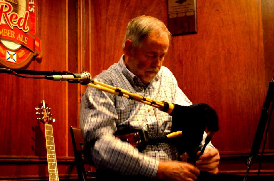 Sandy Gordon performing at a Fredericton Society of Saint Andrew ceilidh at the James Joyce Pub in 2014