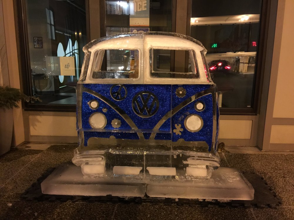 VW Bus Ice Sculpture @ Snow Days GR 2017