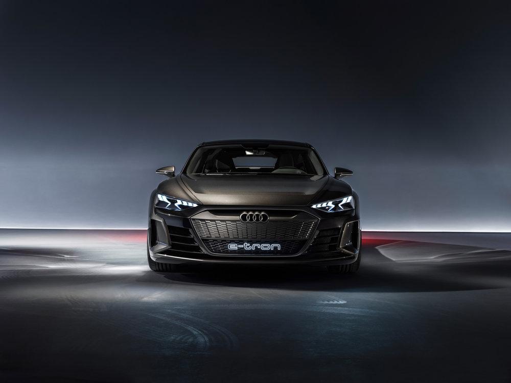 Audi E Tron Gt Robert Downey Jr Electric Mitten