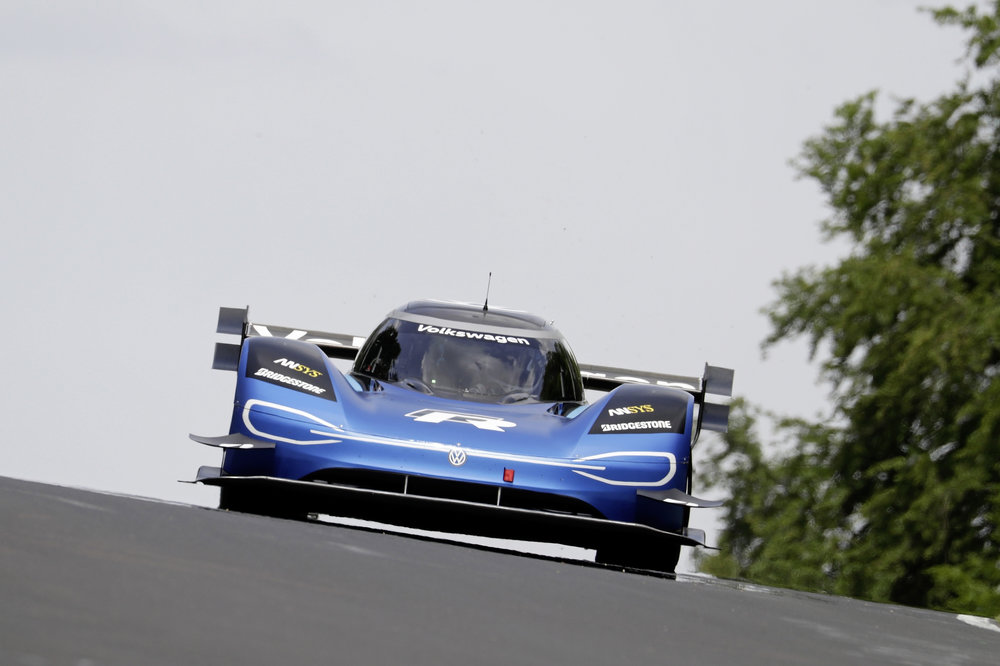 VW I D  R Sets Nurburgring Record! — Electric Mitten