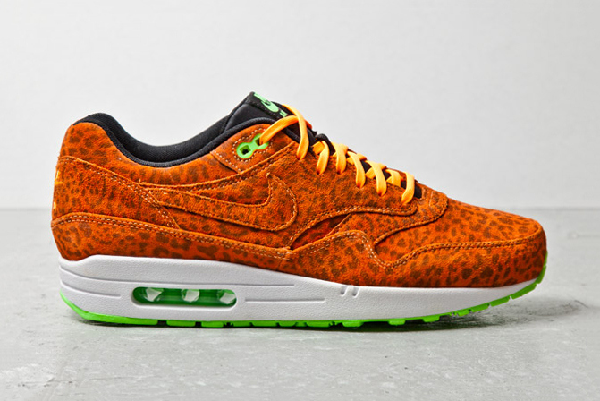 nike-sportswear-air-max-1-fb-orange-leopard-1.jpg