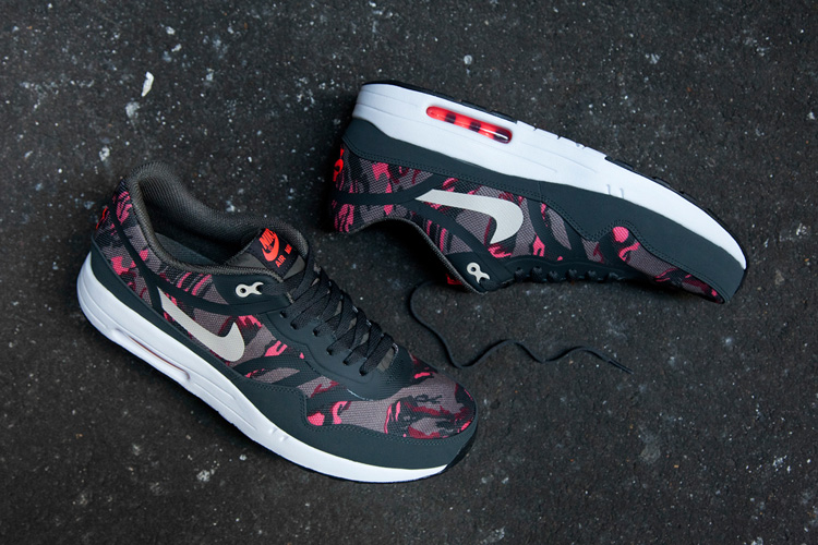 nike-air-max-1-premium-tape-petra-brown-camo-1.jpg