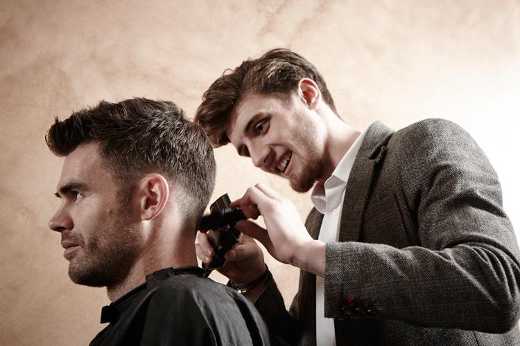 Gladstone_Grooming_Hair_Bond_James_Anderson_02.jpg