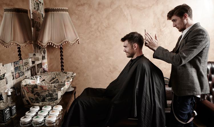 Gladstone_Grooming_Hair_Bond_James_Anderson_03.jpg