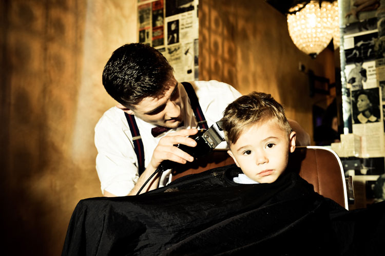 Gladstone_Grooming_Barber_Required_Apply_Within.jpg