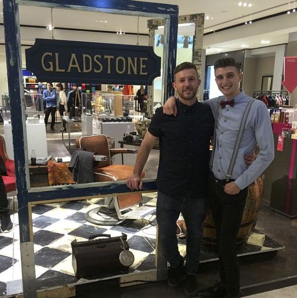 gladstone-grooming-hof11.jpg