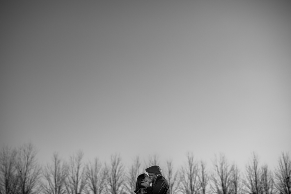 forest-park-engagement-photos-017.JPG