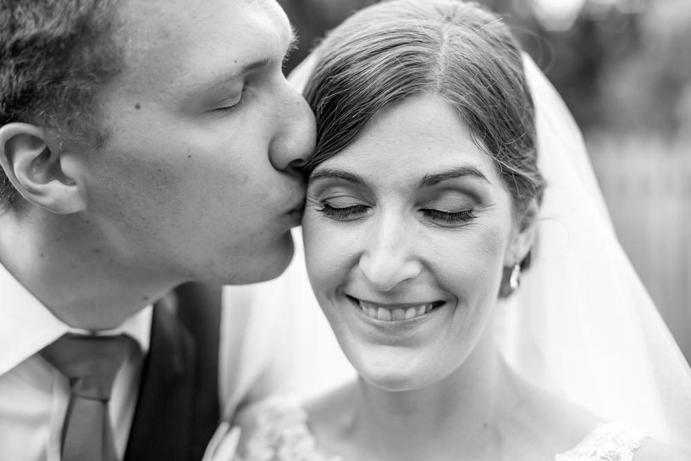 holly-springs-wedding-photographer-037.JPG