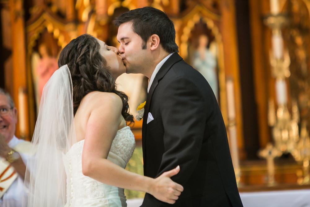 St-Louis-Wedding-Photographers-029.JPG