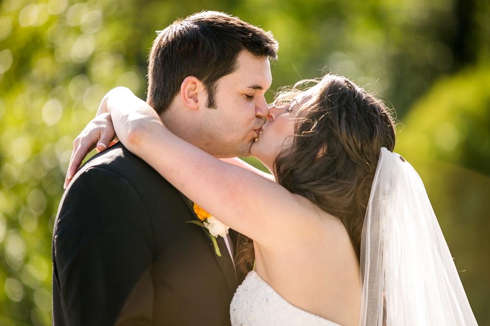 St-Louis-Wedding-Photographers-048.JPG