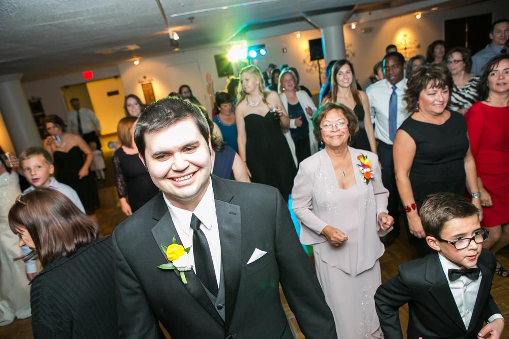 St-Louis-Wedding-Photographers-073.JPG