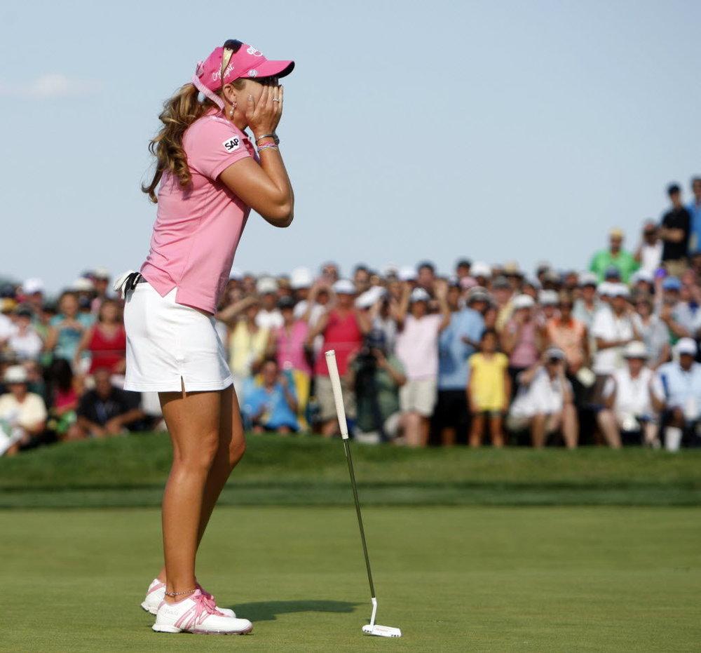 Paula-Creamer-Pink-usopn-win.jpg