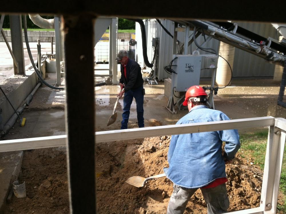 Cajun Crew Maintaining the Plant.