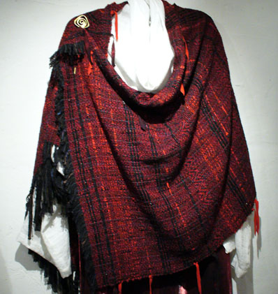 Rojo Elegante Shoulder Wrap