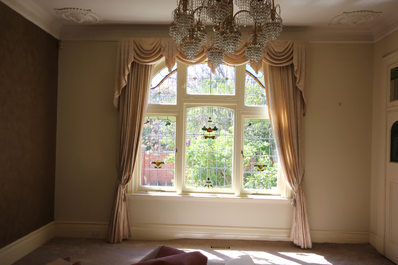 The original formal dining room with a spectacular window. The light fitting had to go....