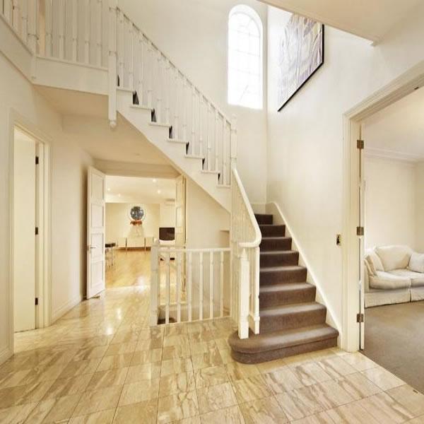 02969-staircase45brucesttoorak1930s.jpg