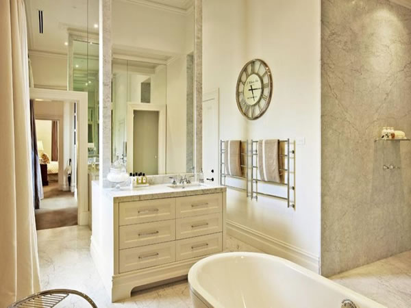 df3bf-caulfieldbathroommarble.jpg