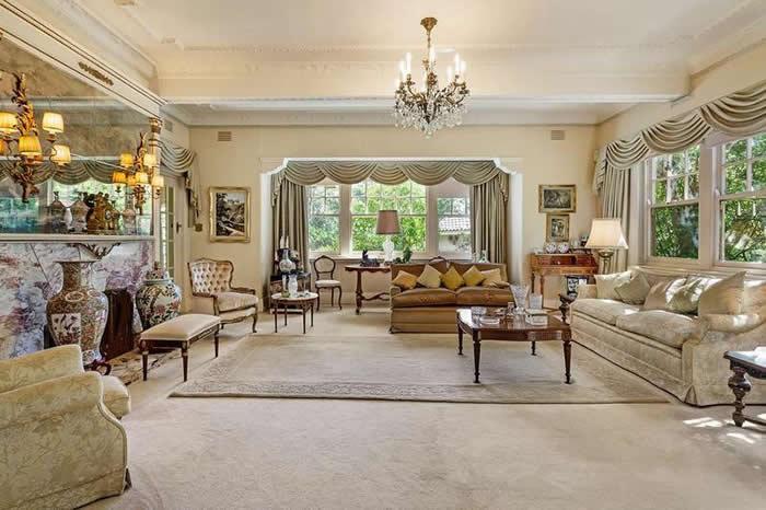 living room 622 toorak rd