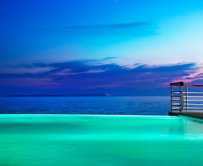 hotel du cap eden roc swimming pool