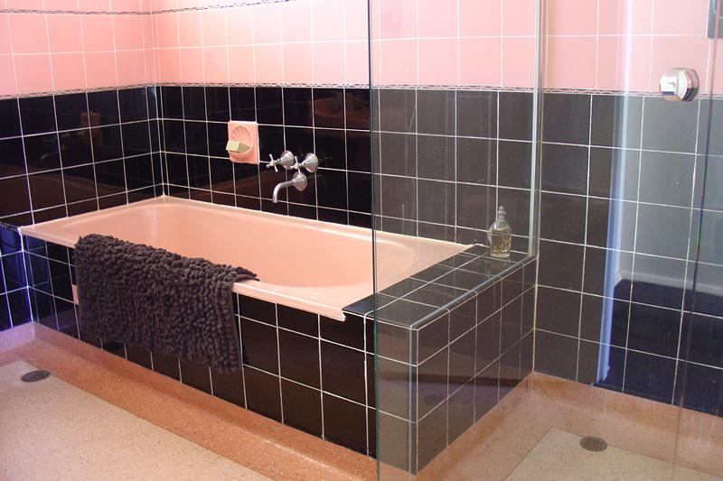 mcm+bathroom.jpg