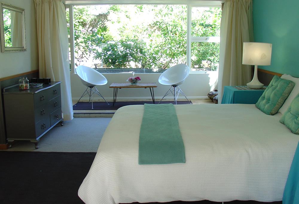 aqua-bedroom-bluefruit.jpg