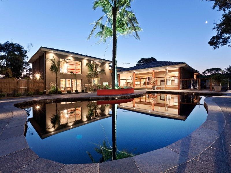 27+blue+fruit+landscape+building+interior+design+melbourne+swimming+pool.jpg