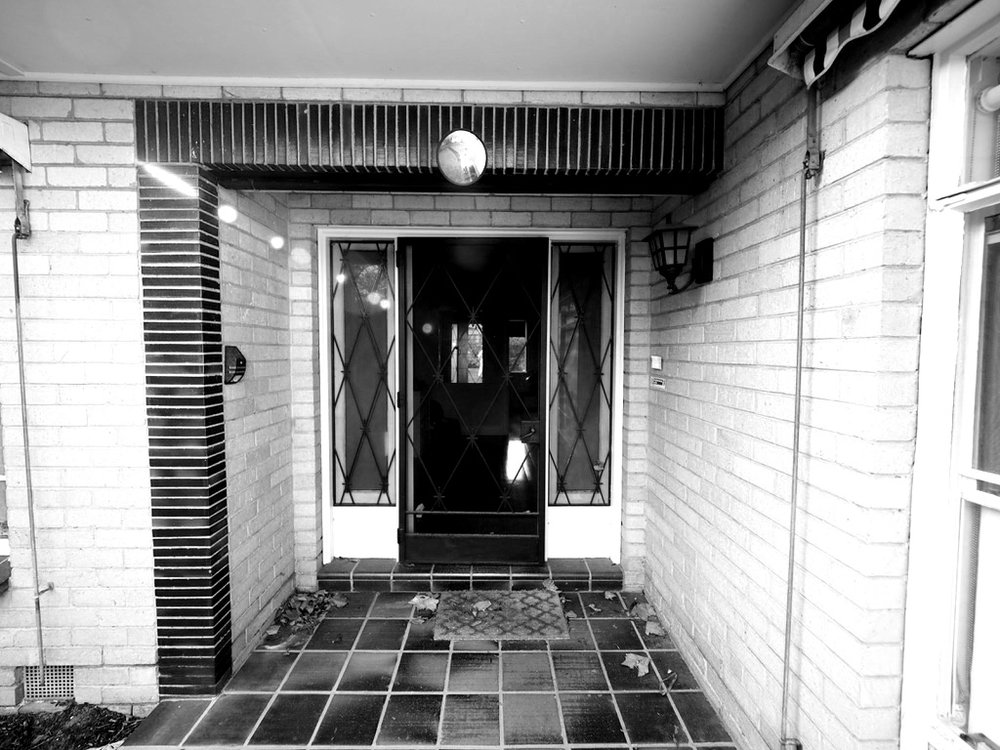 MALVERN EAST - Triple fronted post-war house.Renovation, alteration, addition.