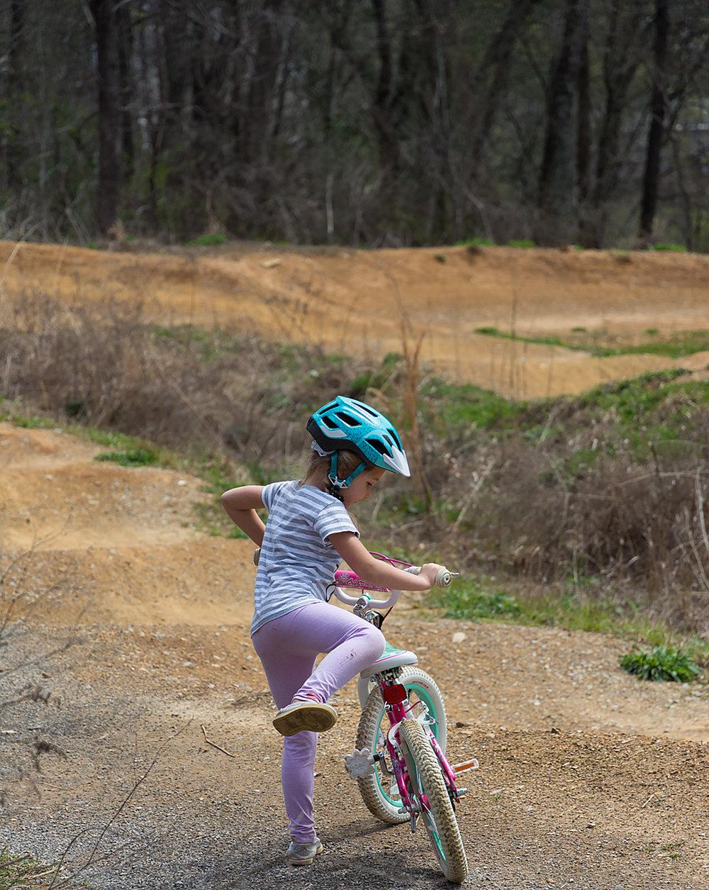 Julia forgot her bike... so she just ran in circles