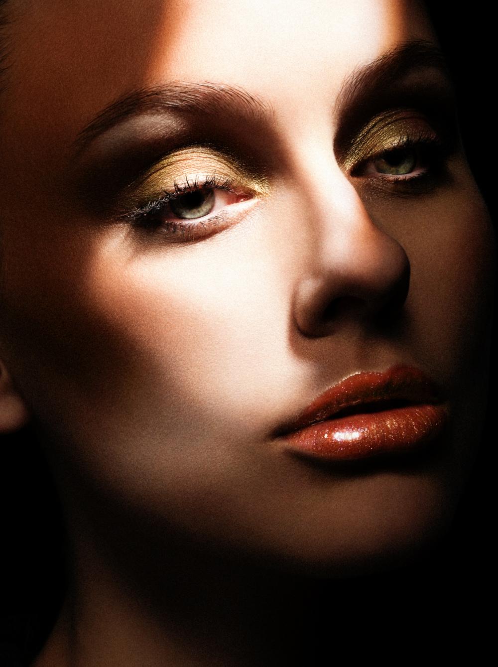 mac-cosmetics-12.jpg