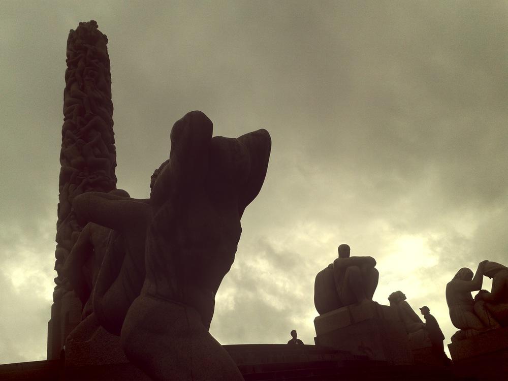 oslo-statue-park.jpg