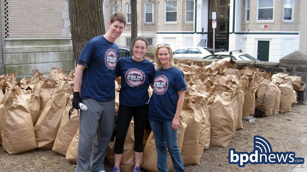 Copy of RINGERPARKGLOBALDAYOFSERVICE041914 017 watermark.jpg