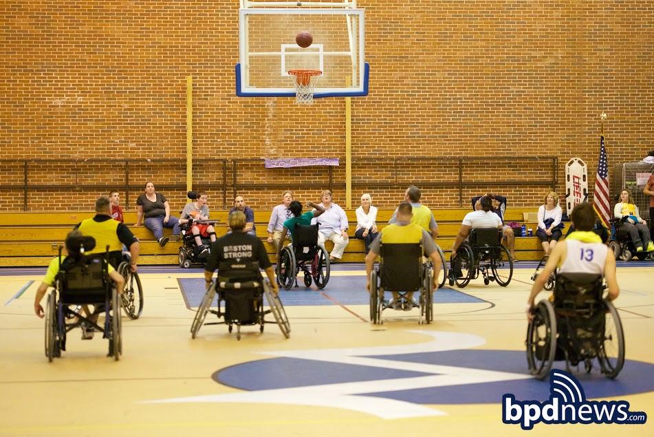WheelchairBBall7.jpg