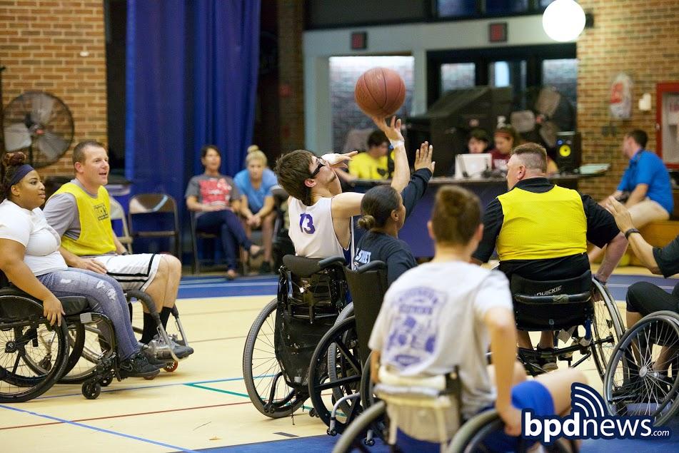 WheelchairBBall6.jpg