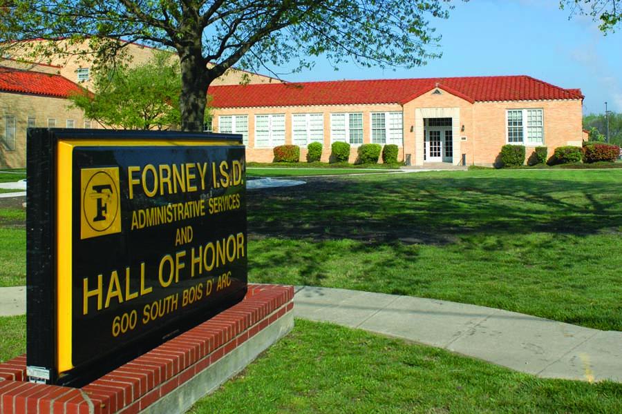 Forney ISD Admin 2124 2x3.jpg
