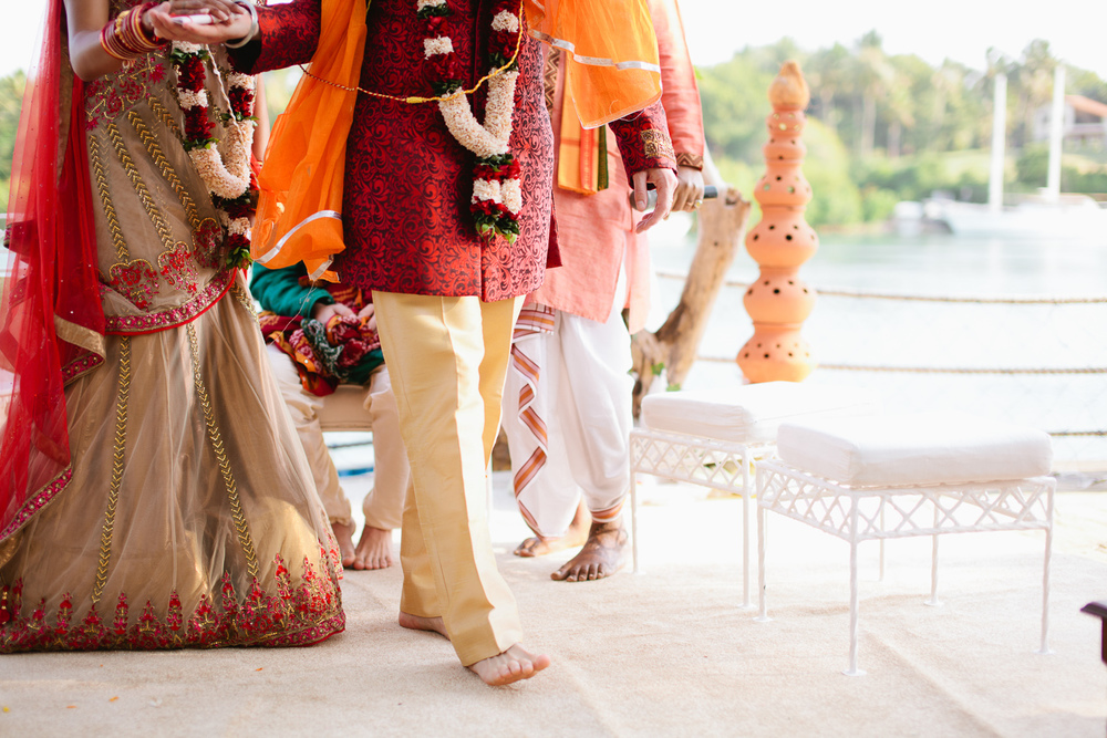 TRADITION. KEEP IT HOT & EXTRA SPICY.    EXPLORE OUR INDIAN WEDDING PHOTOS