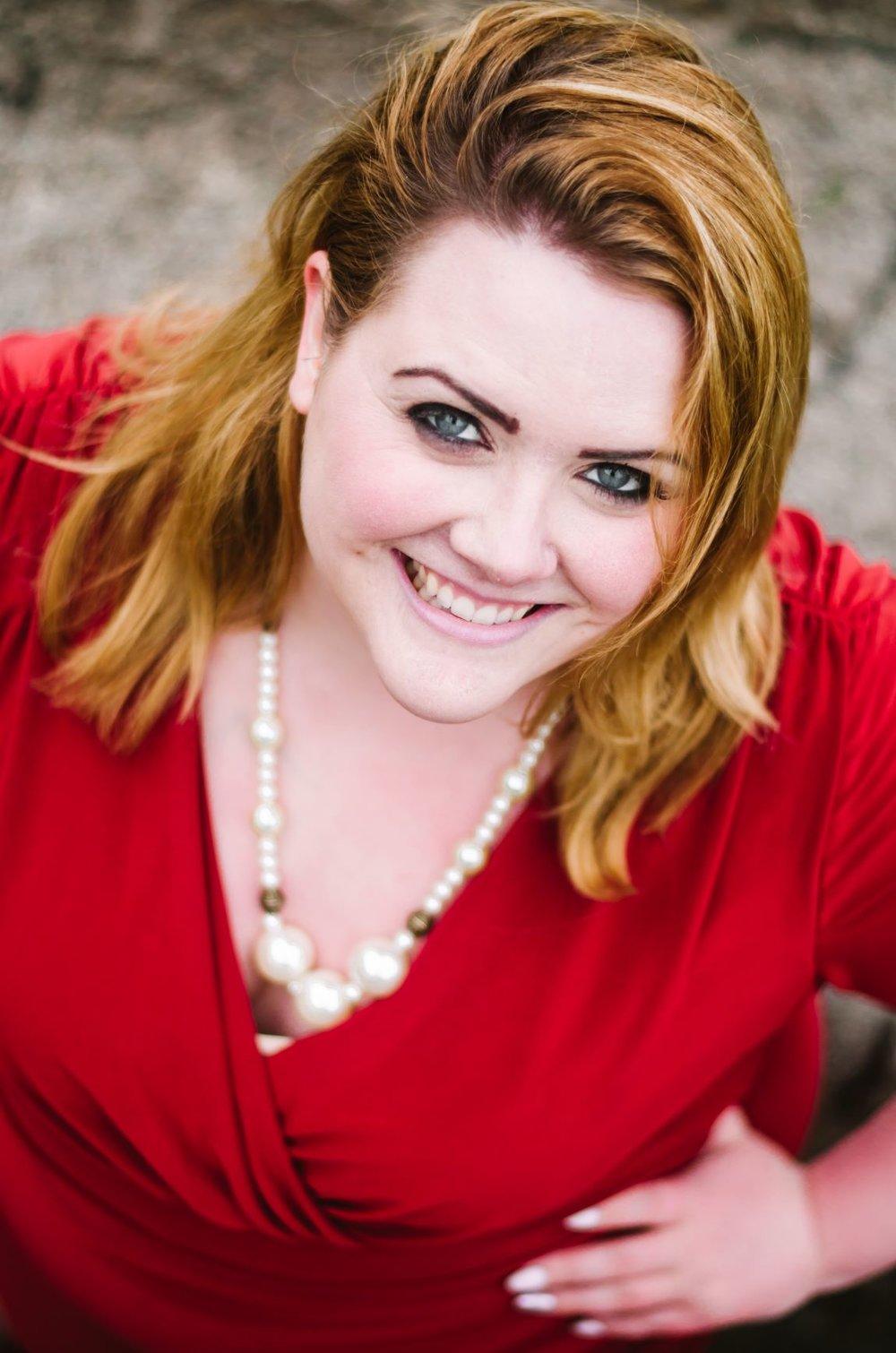 2019 Laura McHugh Headshot - Laura McHugh.jpg
