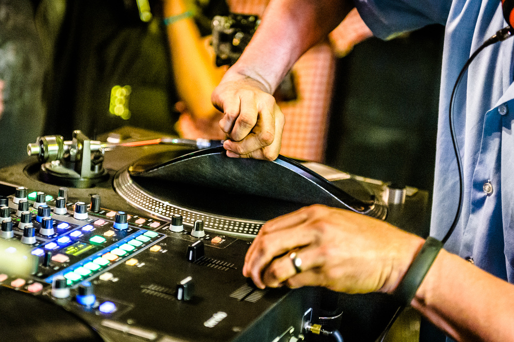 Mix Master Mike Live-24.jpg