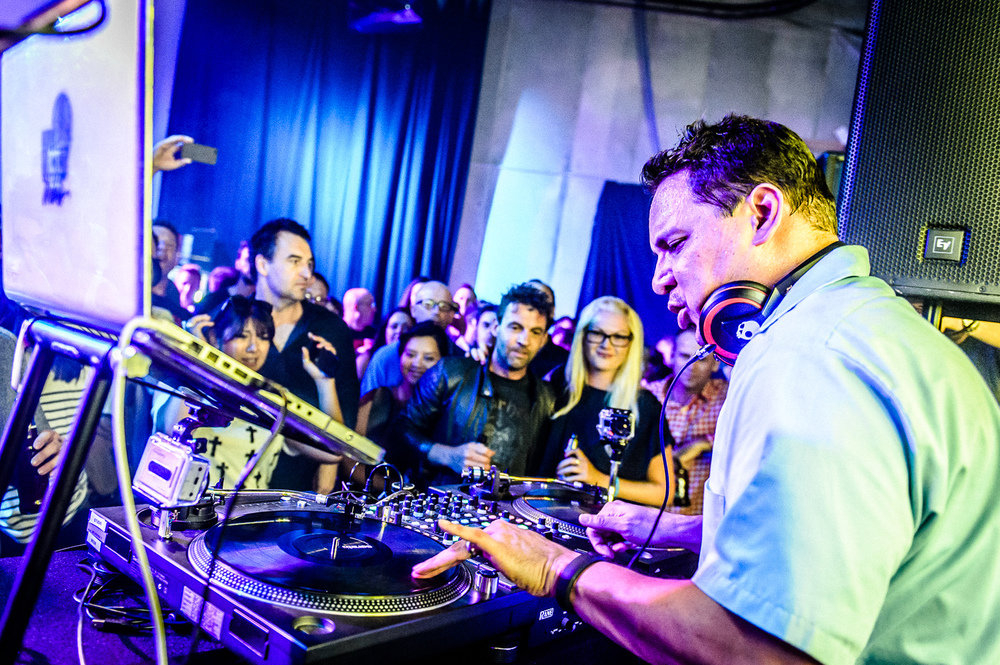 Mix Master Mike Live-28.jpg