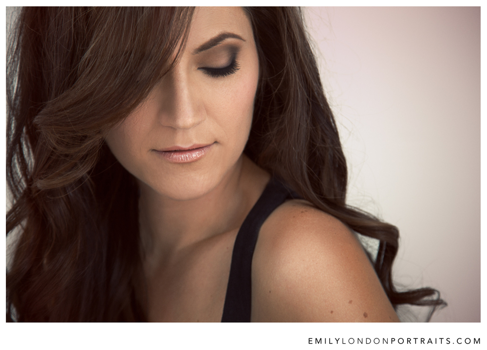 Beautiful makeup and hair styling makes you more confident and comfortable in front of the camera. Emily London Portraits in Utah writes about the importance of working with world class makeup artists, and how she finds them.