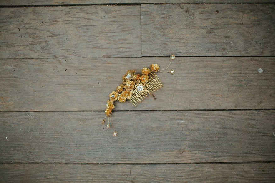 gold flower hair comb hushed commotion.jpg