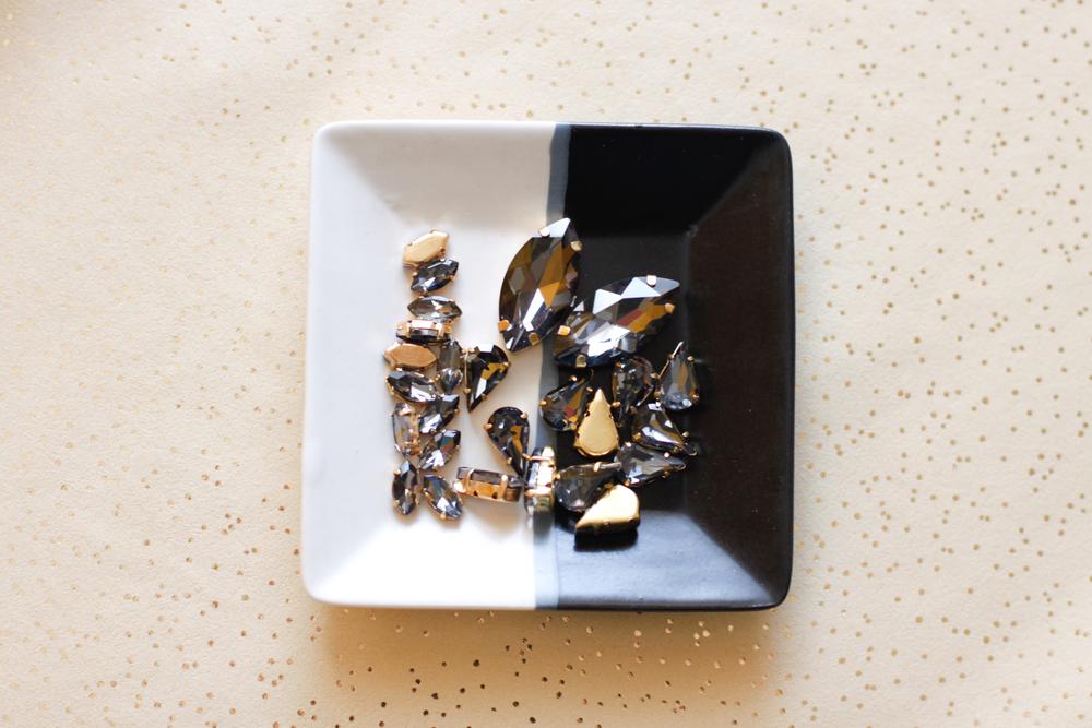 DIY sneakers grey crystals