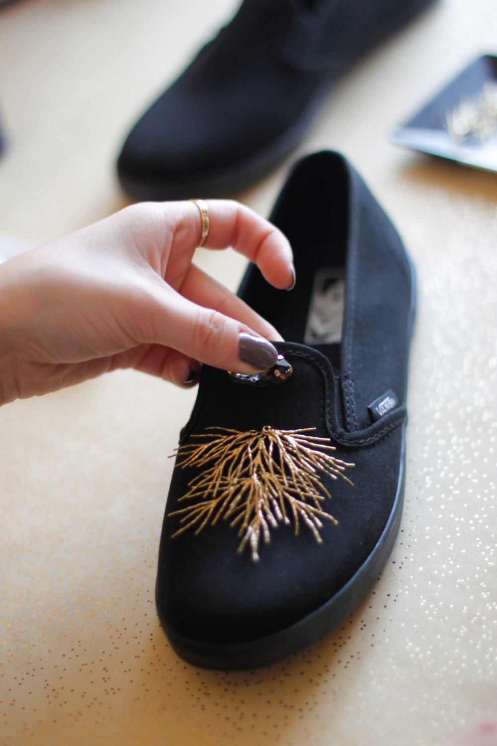 DIY sneakers crystals